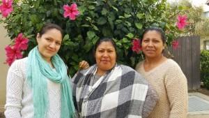 Deborah de la Cruz, Victoria Hipólito y María Rosario Rubio son las madres que luchan por una mejor comunidad (Cortesía)